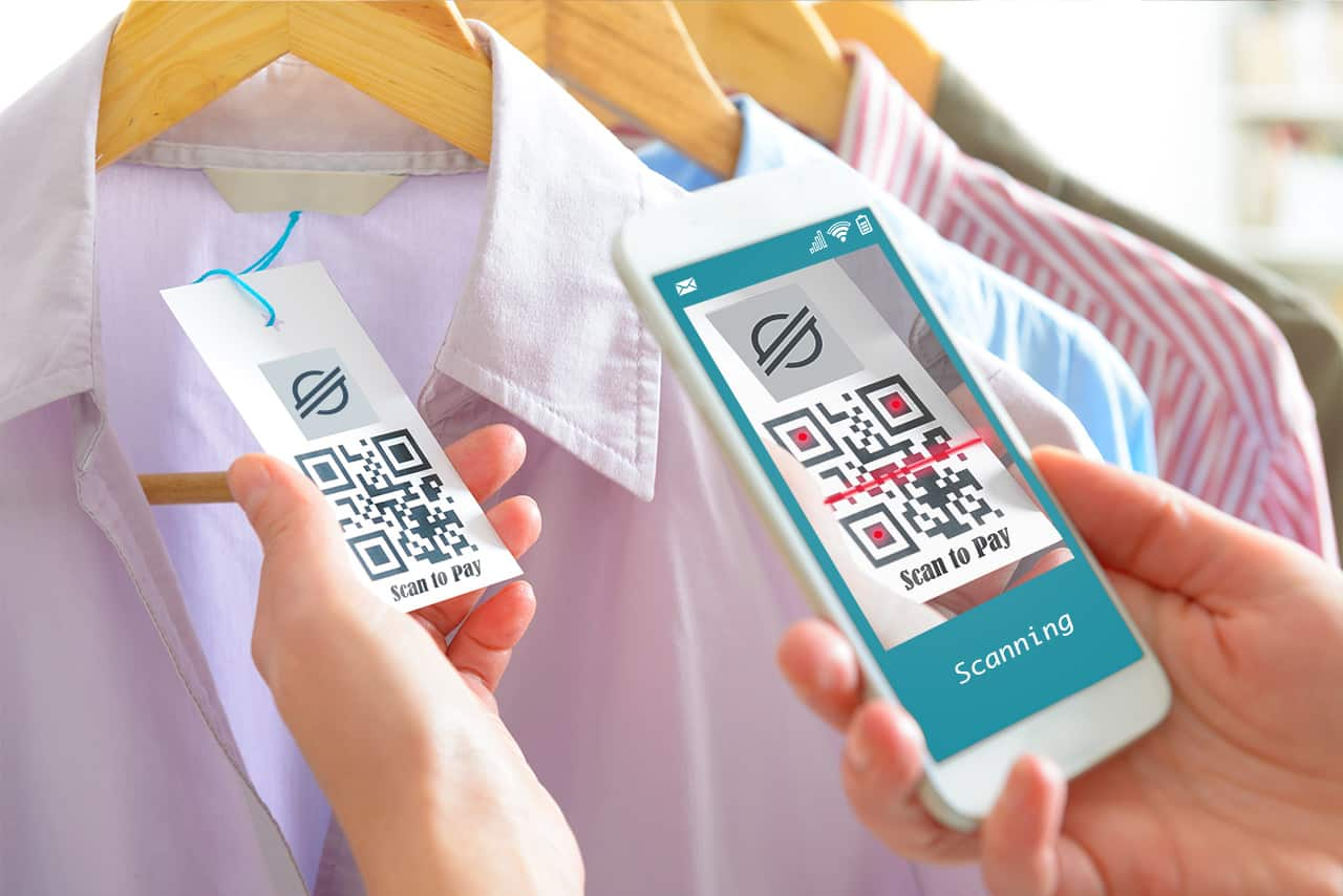Stellar payment QR code on retail shirt